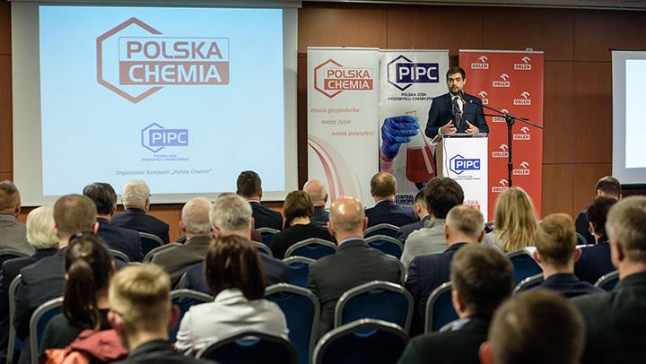 Fot. PIPC. Jako najważniejsze potrzeby branży chemicznej dr inż. Tomasz Zieliński, Prezes Zarządu PIPC wymienia budowę takiego otoczenia legislacyjnego, które nie będzie stwarzało dla sektora niepotrzebnych kosztów, a także wskazanie opinii publicznej charakterystyki sektora jako dbającego o środowisko, promującego innowacyjność, tworzącego miejsca pracy, respektującego zasady zrównoważonego rozwoju i odpowiedzialnego społecznie.