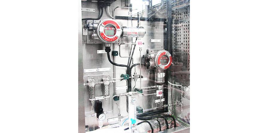 Fot. 1. Przykładowy systempróbkujący do pomiarudwóch różnych gazów